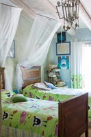 Childrens country bedroom