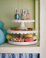 Cake stand used to store bathroom accessories