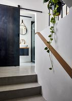Concrete floor on staircase