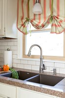 Country kitchen - double sinks