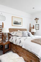 Country bedroom