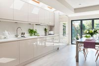 Modern kitchen-diner