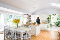 Georgina Burnett Home - feature portrait