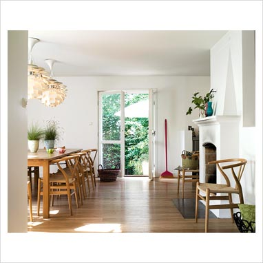 gap interiors country style dining room with hans wegner y chairs