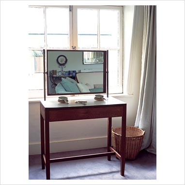 Gap interiors simple dressing table picture library for Simple dressing table